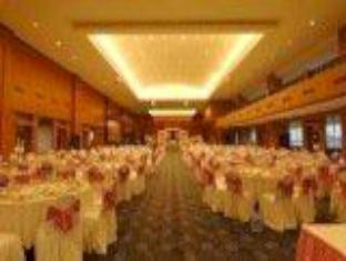 Orange Hotel Solo Monginsidi Solo (surakarta) - Ballroom