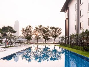 Ibis Bangkok Riverside Bangkok - Swimming Pool