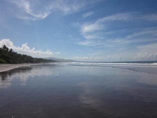 Kelapa Retreat and Spa Hotel Bali Bali - beach view