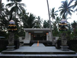 Kelapa Retreat and Spa Hotel Bali Bali - entrance
