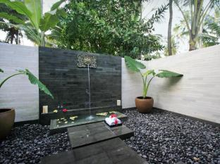 Kelapa Retreat and Spa Hotel Bali Bali - outdoor bathroom