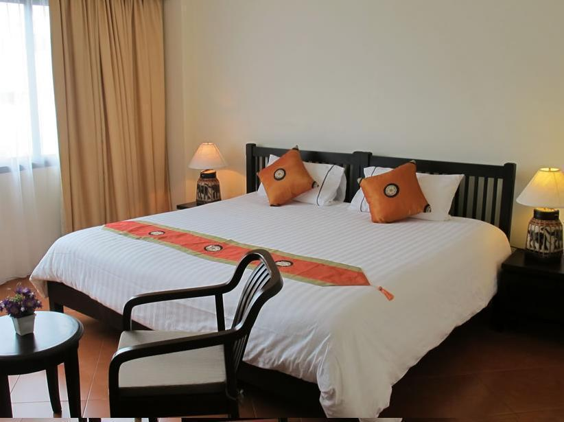 ラデブア ホテル11