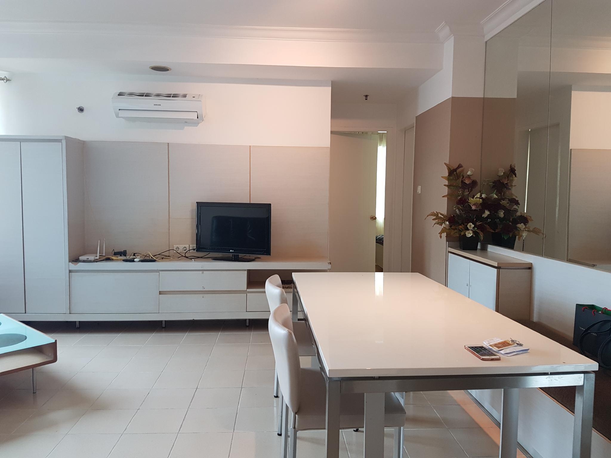 Luxury 2 BR Apartment Batavia Benhill   Fatmawati