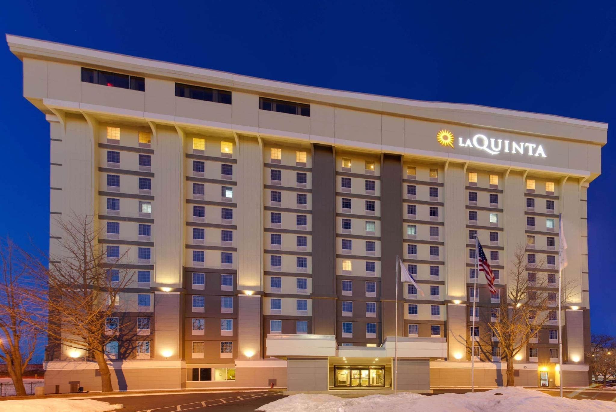 La Quinta Inn And Suites By Wyndham Springfield MA