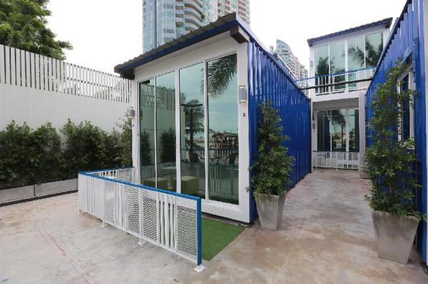 The Hab Hostel Bangkok