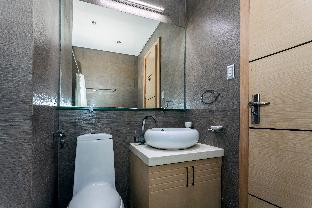 picture 1 of The Luxe Modern 1 Bedroom