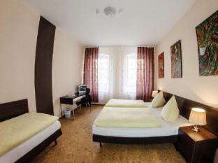 维多利亚旅馆酒店