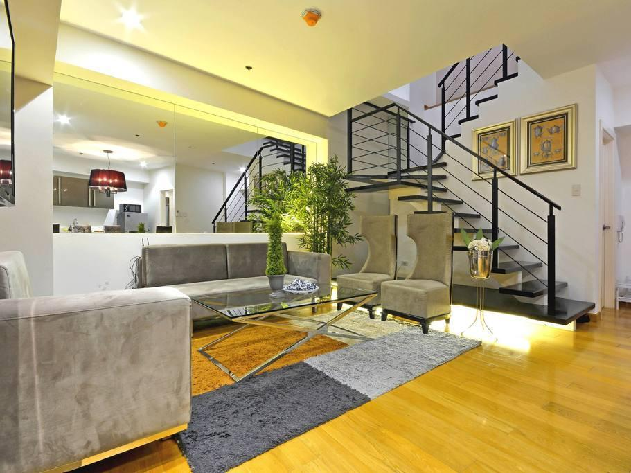 Fully Furnished Two Bedroom Premier 1 In Makati
