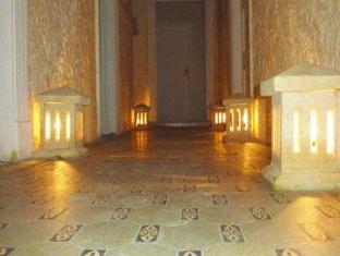/hu-hu/travelers-house-hotel/hotel/cairo-eg.html?asq=m%2fbyhfkMbKpCH%2fFCE136qbXdoQZJHJampJTaU6Q8ou26UvQZ%2fA2qPz1Oo7VfUm70