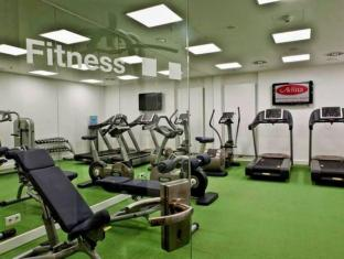 Adina Apartment Hotel Berlin Hackescher Markt Berlin - Fitness Room