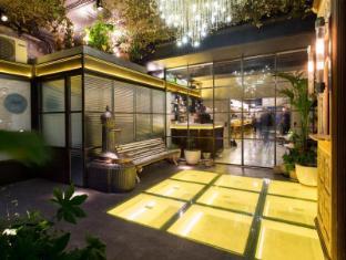 /bg-bg/casa-gracia-barcelona-hostel/hotel/barcelona-es.html?asq=m%2fbyhfkMbKpCH%2fFCE136qZbQkqqycWk%2f9ifGW4tDwdBBTY%2begDr62mnIk20t9BBp