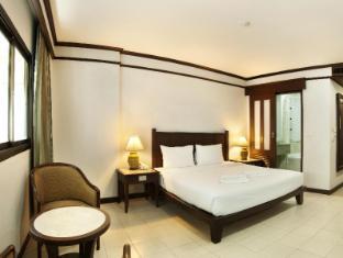 Rattana Mansion Hotel