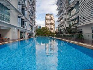 PARKROYAL Serviced Suites Kuala Lumpur Kuala Lumpur - Pool on Level 1