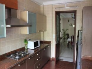 Saket Bed and Breakfast New Delhi and NCR - Kitchen