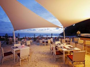 Centara Grand Beach Resort Phuket פוקט - מסעדה