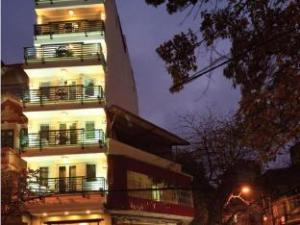 Charming 2 Hotel