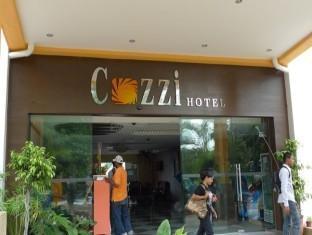 Cozzi Hotel Port Dickson - Entrance