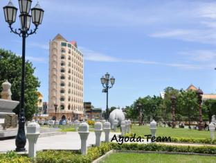 Landscape Hotel Phnom Penh - Garden