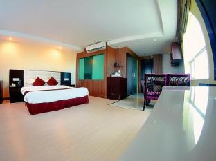 Landscape Hotel Phnom Penh - Deluxe Double
