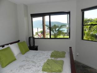 Airlie Waterfront Bed and Breakfast Whitsunday Islands - Guest Room
