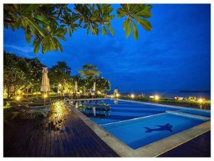 เชนู บูติก รีสอร์ท เพชรบุรี - สระว่ายน้ำ