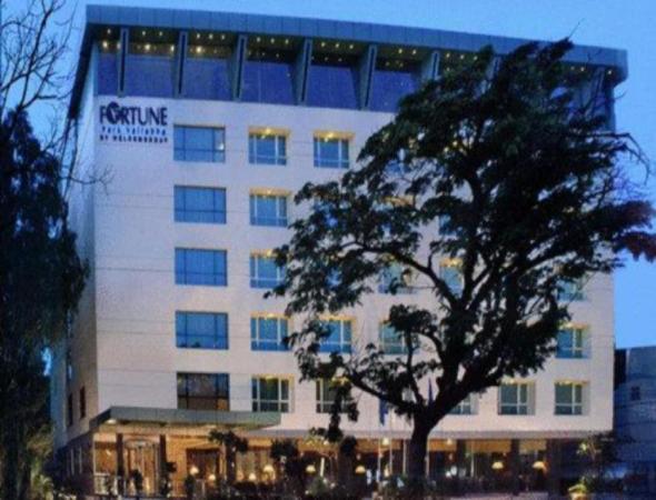 Fortune Park Vallabha Hotel Hyderabad