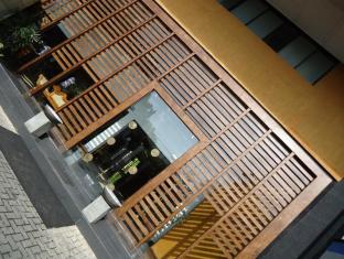 The Sovereign Corporate Hotel Colombo - Main Entrance