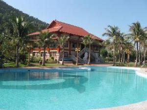 關於柏鹿度假村飯店 (Bai Lu resort)