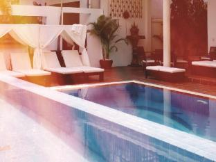 Eureka Villas Phnom Penh - Swimming Pool