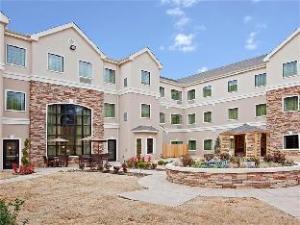 關於泰勒大學區駐橋套房酒店 (Staybridge Suites Tyler University Area)