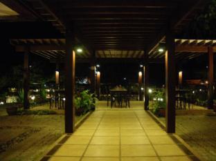 Hotel Tropika Давао - Ресторант