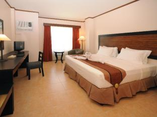 Hotel Tropika Bandar Davao - Bilik Tetamu