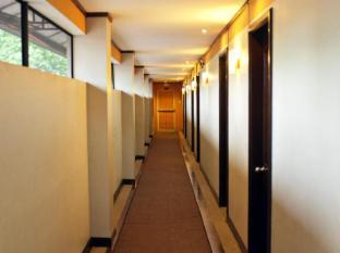 Hotel Tropika Davao City - Inne i hotellet