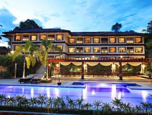 Hotel Tropika Давао