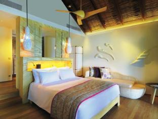 Constance Moofushi Maldives Islands - Water Villa - Bedroom