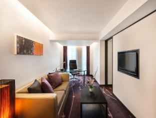 Radisson Suites Bangkok Sukhumvit Bangkok - One Bedroom Suite