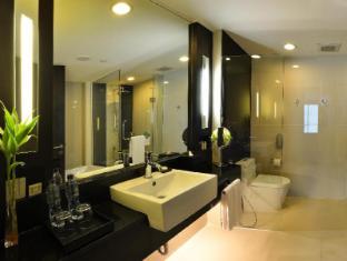 Radisson Suites Bangkok Sukhumvit Bangkok - Baño