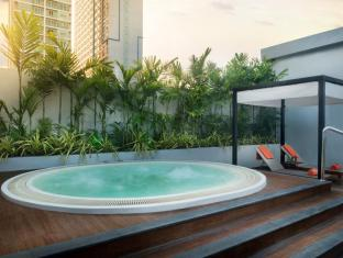 Radisson Suites Bangkok Sukhumvit Bangkok - Recreational Facilities
