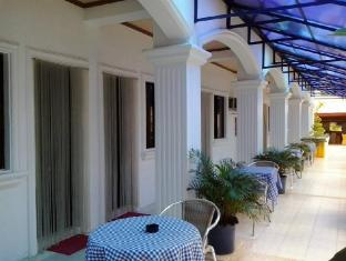 /island-inn/hotel/boracay-island-ph.html?asq=vrkGgIUsL%2bbahMd1T3QaFc8vtOD6pz9C2Mlrix6aGww%3d