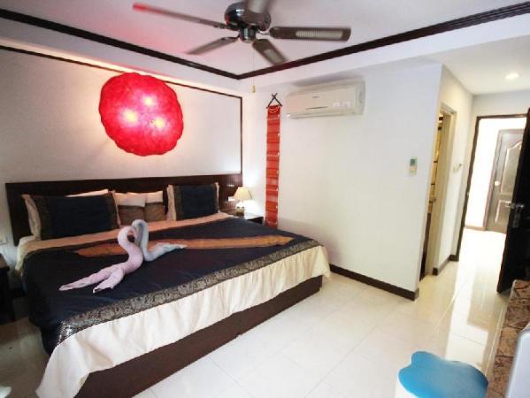 Casa E Mare Hotel Phuket