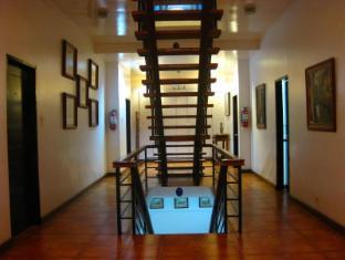 Potter's Ridge Tagaytay Hotel Tagaytay