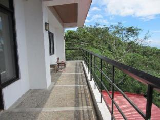 Potter's Ridge Tagaytay Hotel Tagaytay - Balcony/Terrace