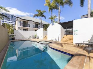 Parkview Apartments Brisbane - Swimming Pool