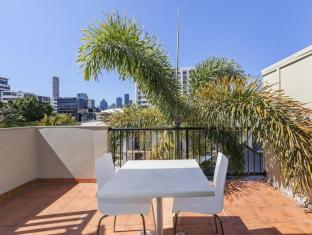 Parkview Apartments Brisbane - Balcony/Terrace