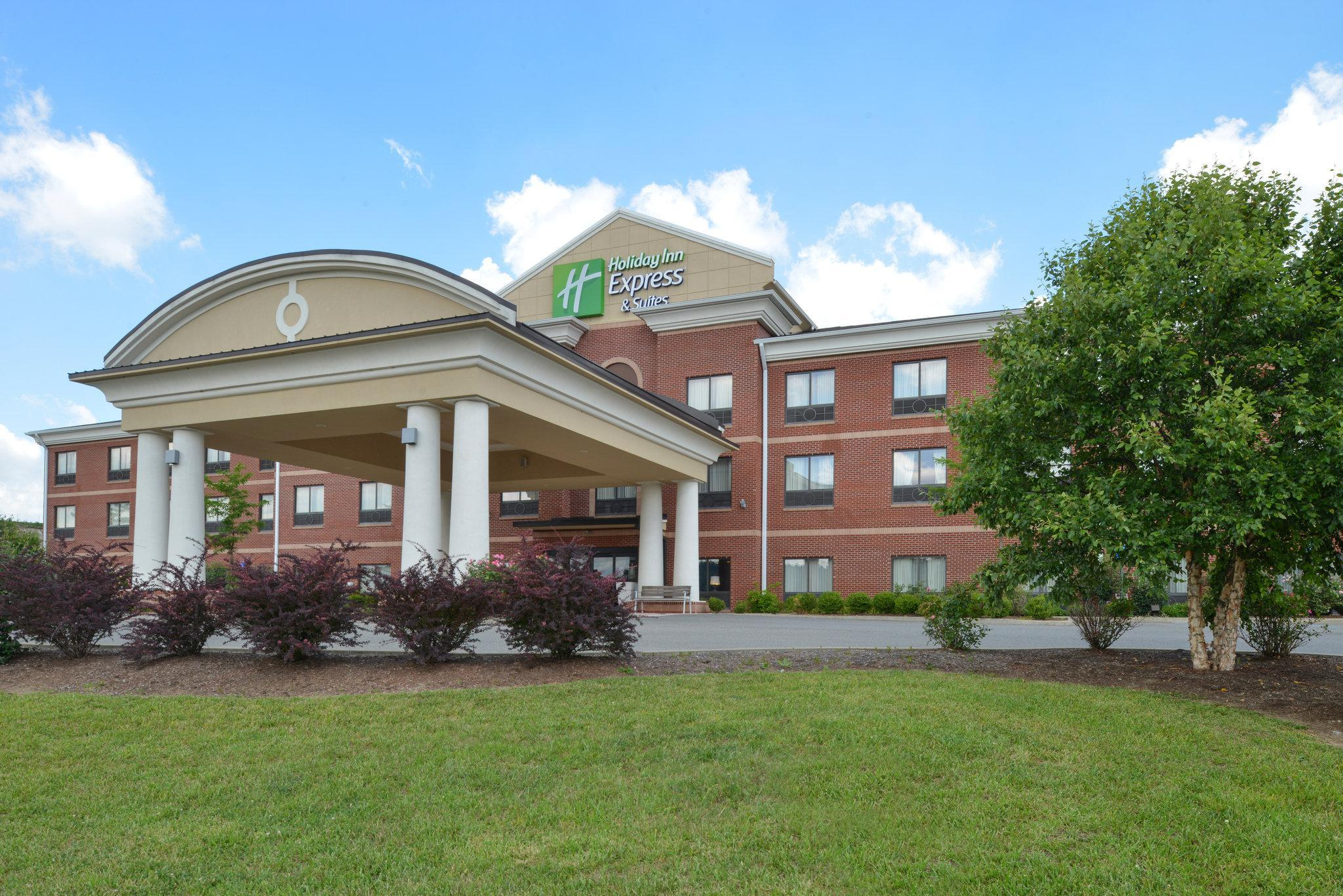 Holiday Inn Express And Suites Bridgeport