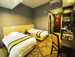 Hermes Palace Hotel Medan – Managed by Bencoolen Medan - Standard Room