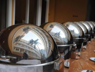 Sylvia Hotel Kupang Kupang - Buffet