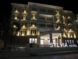 Sylvia Hotel Kupang Kupang - Exterior