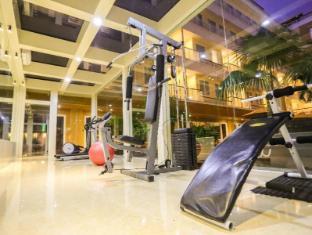 Sylvia Hotel Kupang Kupang - fitness room
