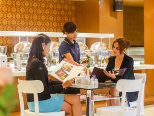 Sylvia Hotel Kupang Kupang - restaurant
